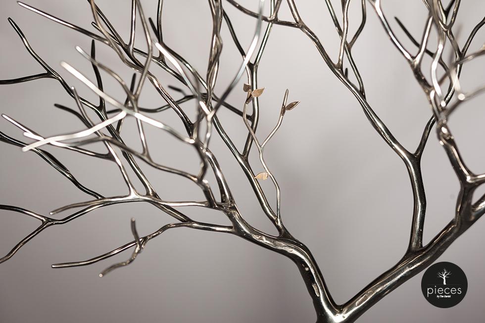 Tim Bardel - Pieces 2014 - handgefertigte Edelstahlbäume - #4 Detail Blätter